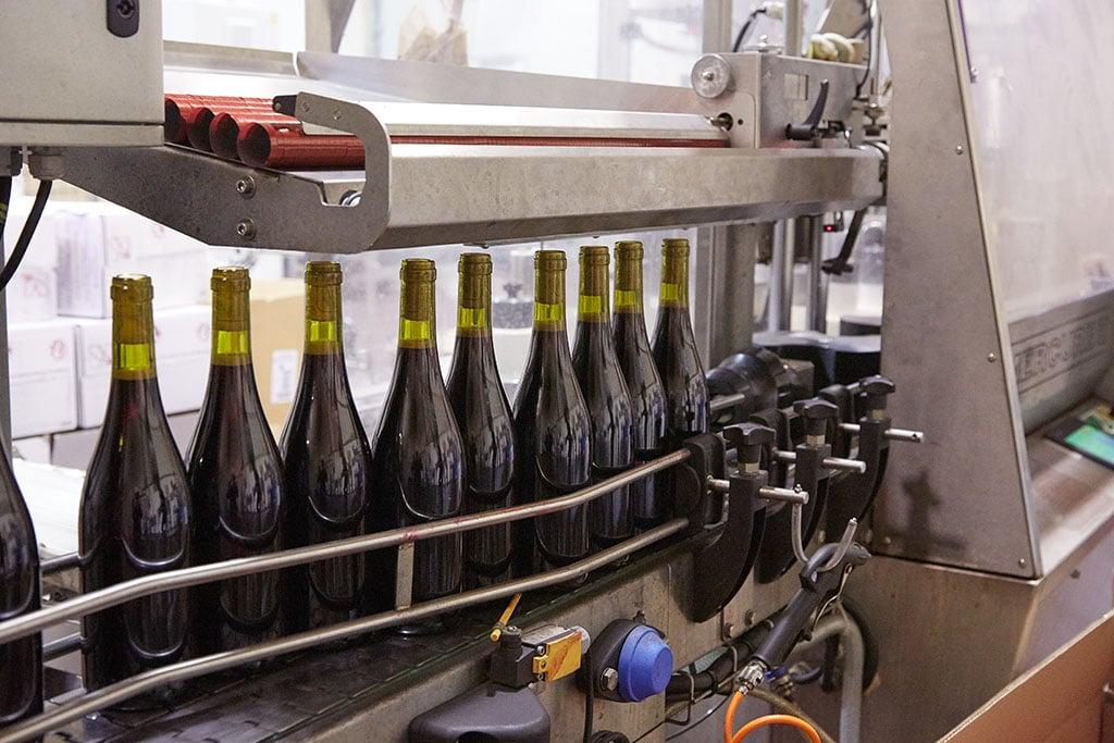 Réalisation de la cave des vins Descombe par les établissements Debize SAS